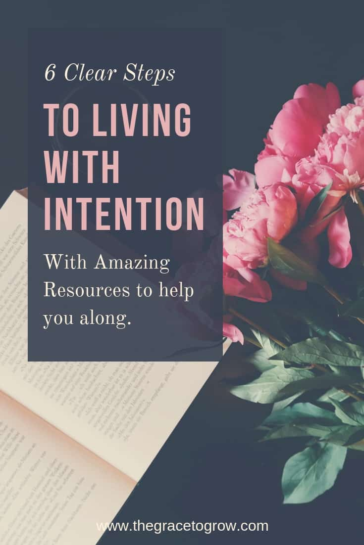 Each new year, each new month, each new day, we should seek to live with intention. Here are 6 ways to help you start to live with intention today. Stop letting life happen to you, and take action. #intention #minimalism #faith #christianwoman #jesus
